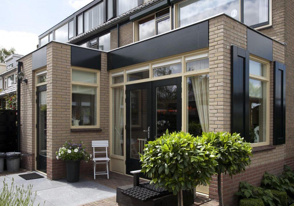 Uitbouw en verbouwing woning Meidoornlaan te Linschoten (1)